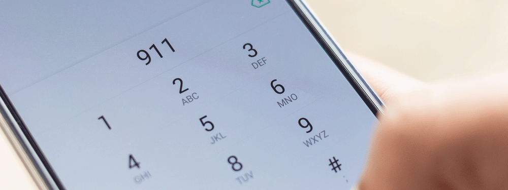 Dialing 911 on a cell phone
