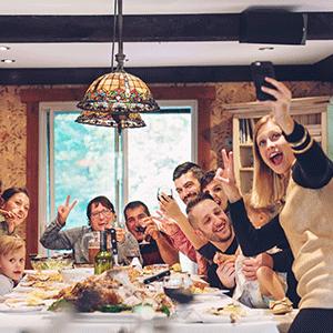 Family selfie dinner